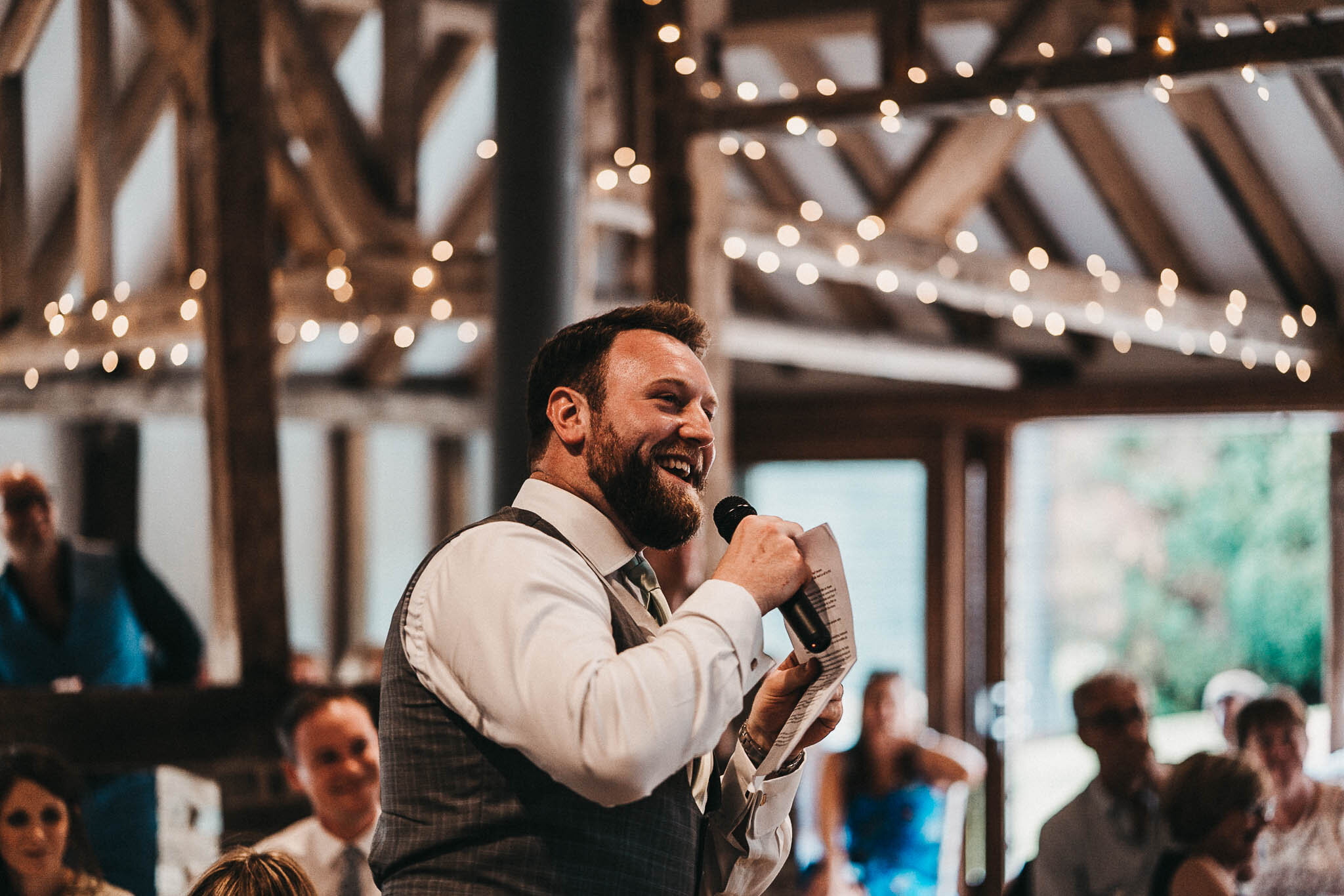groom-giving-his-wedding-speech