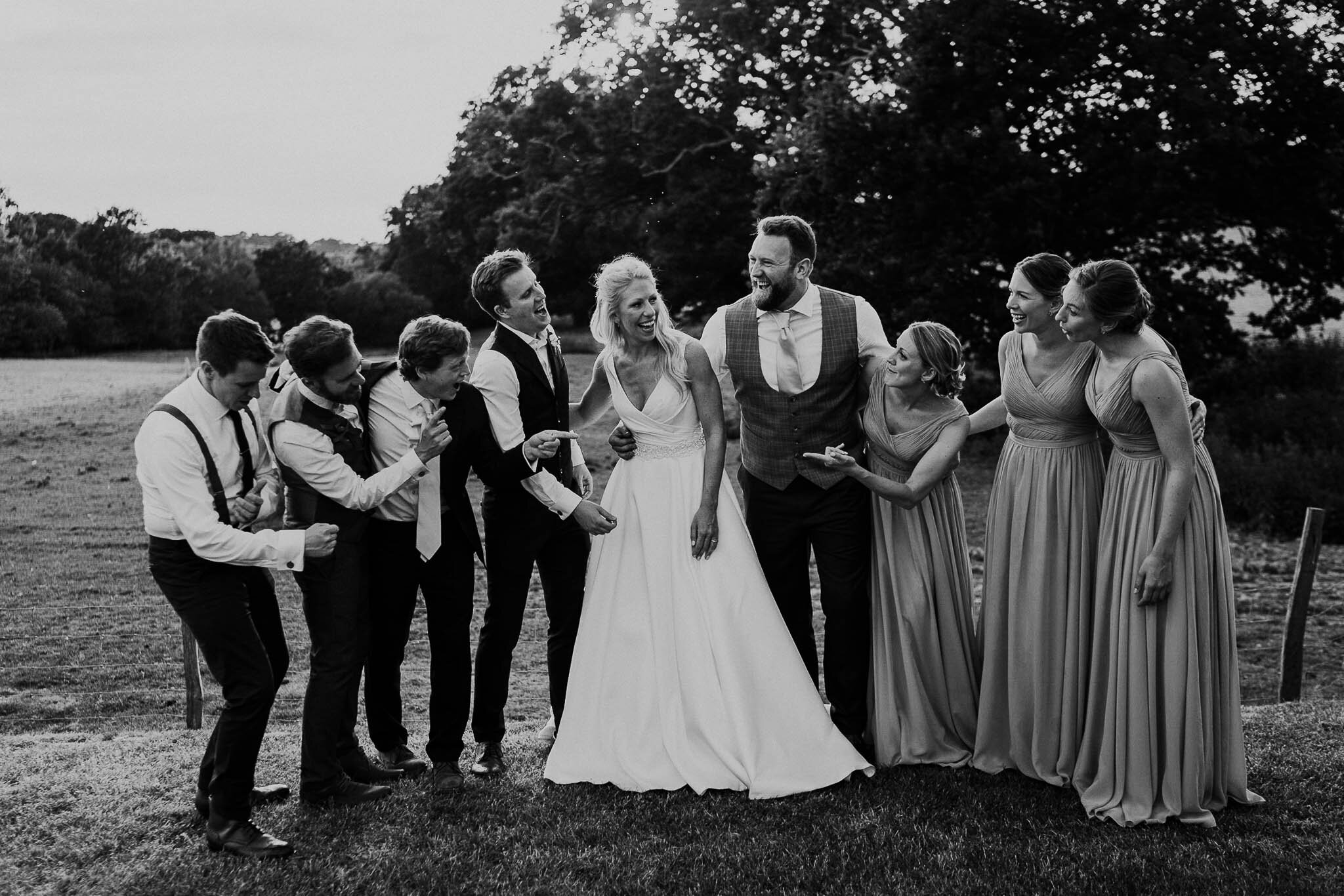 bridesmaids-and-groomsmen-portraits