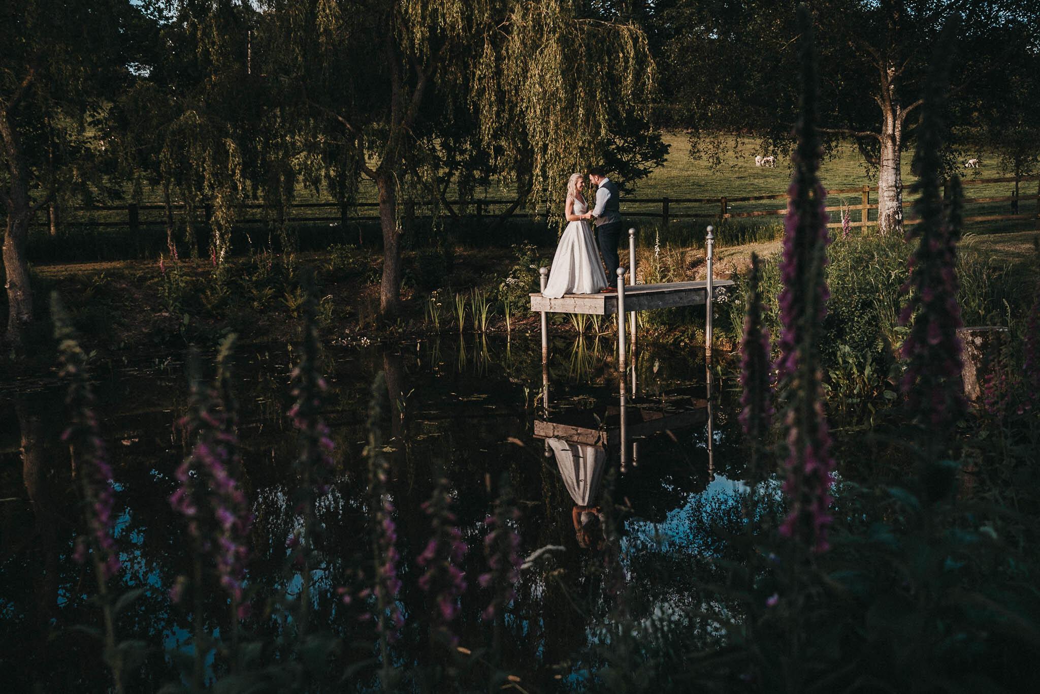 the-oak-barn-wedding-photography