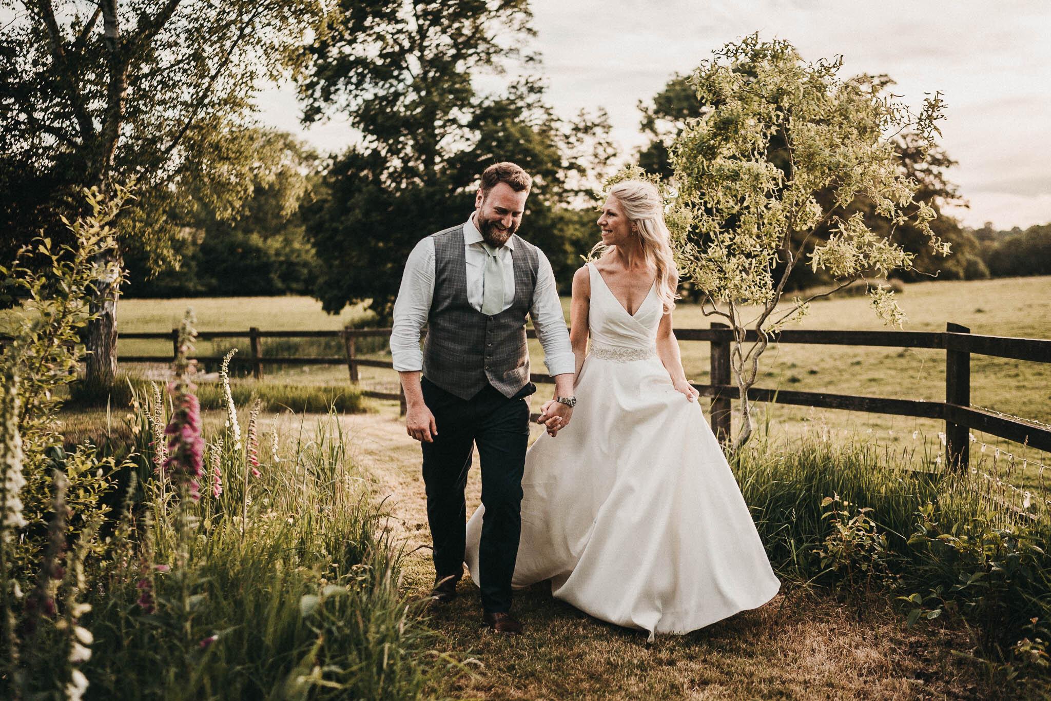 the-oak-barn-wedding-photos