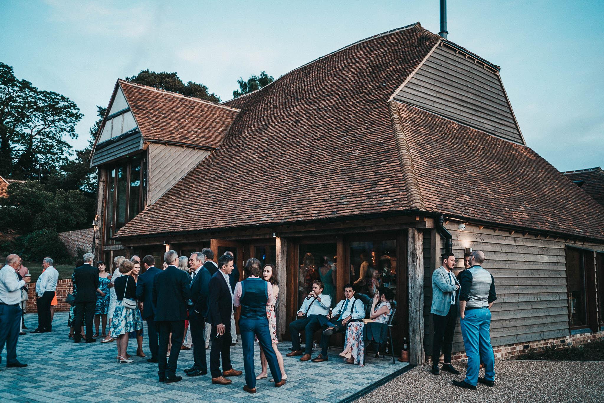 the-oak-barn-at-night