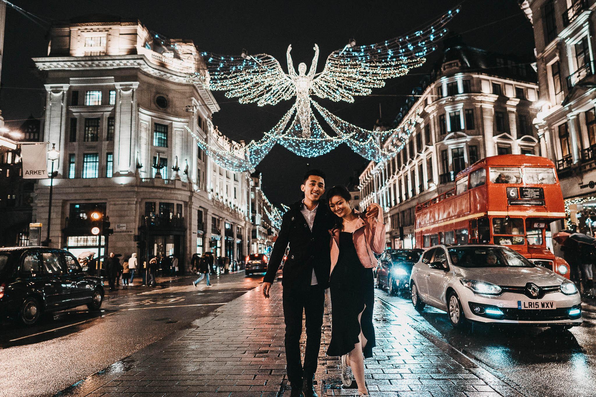 couple-photoshoot-on-regent-street-in-london