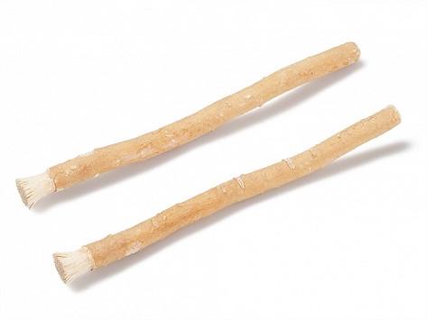 Kayu sugi或者简称为miswak,是回教徒于3500年前使用的树枝牙刷。