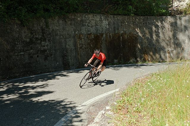 A few weeks ago I spent a day with @nik_cardaci, on the hills around Turin. He was trying the route of the Granfondo of Turin and getting ready to hit the race.