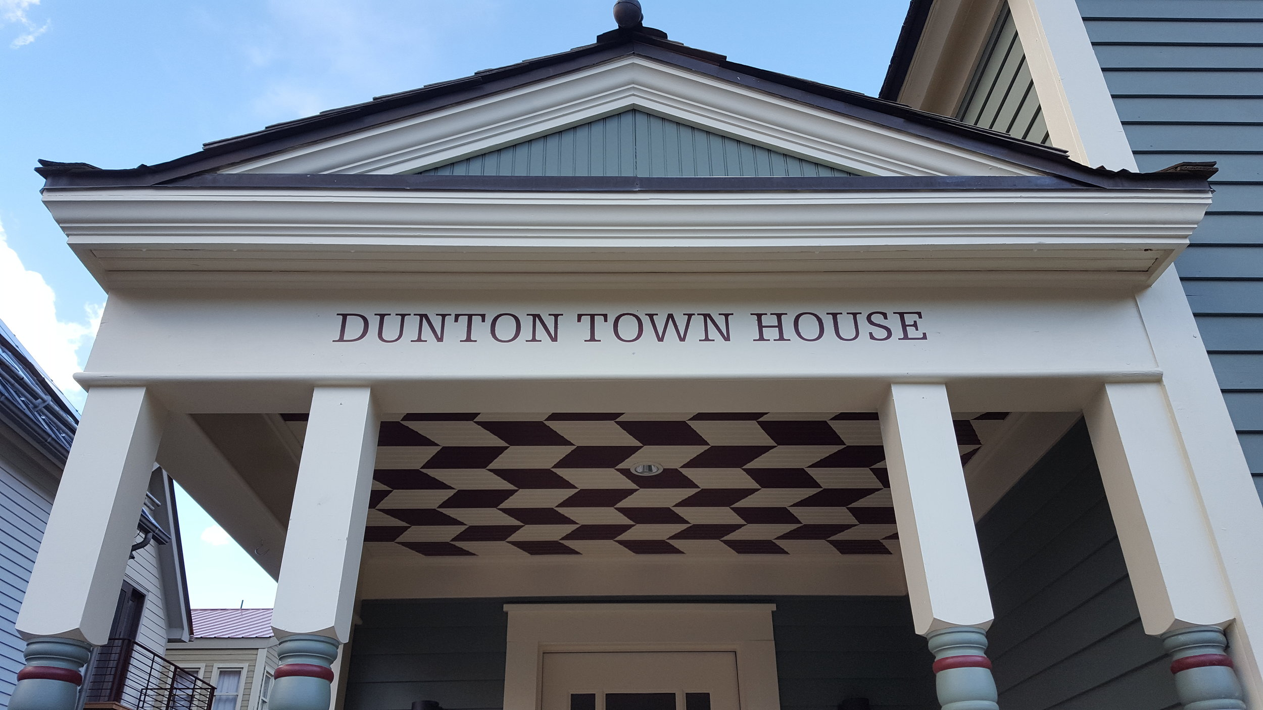 The new Dunton Town House is an intimate boutique escape in the heart of tony Telluride.