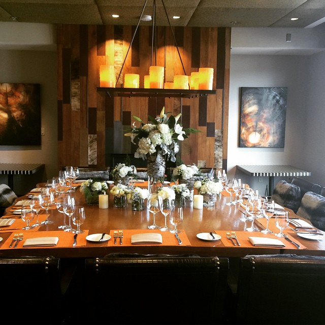 From Private dining, rehearsal dinners, wedding receptions, birthday dinners and more, our Vista Private Dining Room is the perfect location for any small event! #EightK #viceroyvows#Viceroyevents