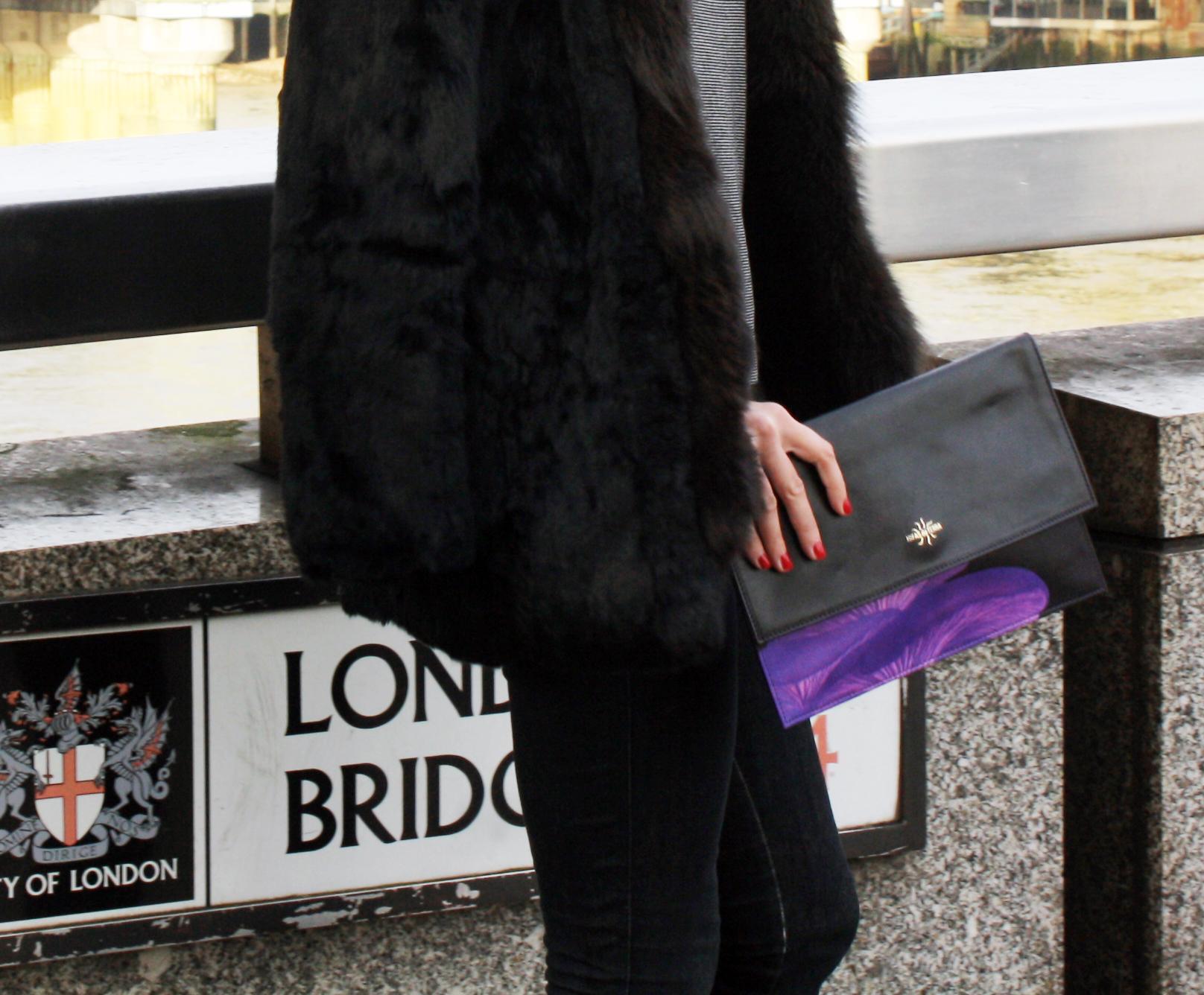 Hifas da terra by Iria de Ana - London bridge