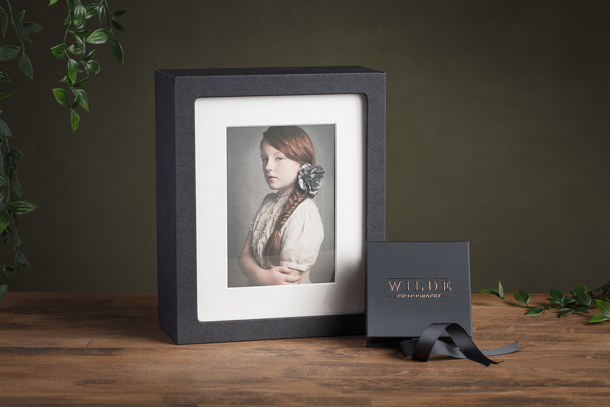 * New Premium Window Presentation Folio Box and Signature USB Box