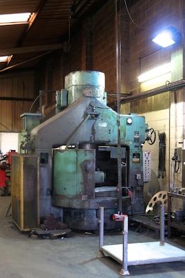 Sweet steel grinding machine.