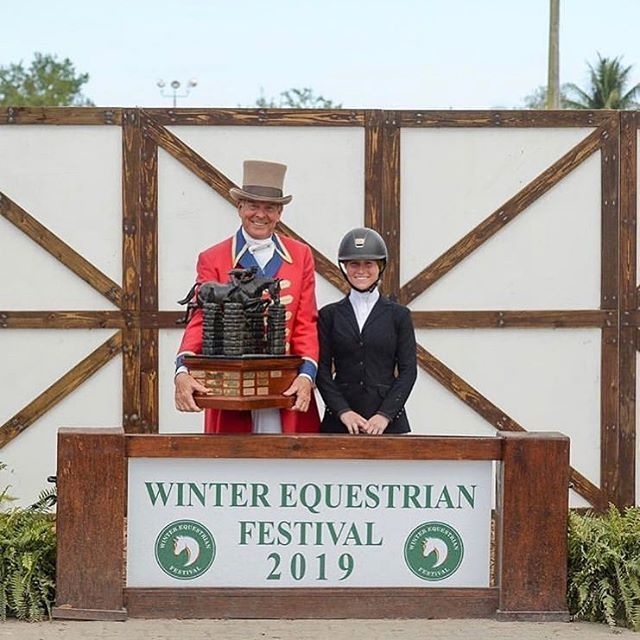 Grand Prix Tutoring Student Alex Pielet won the WEF Circuit Championship in the Big Equitation & was presented with the Christy Conard Award! Congratulations Alex!  @apielet2 #grandprixtutoring #grandprixtutoringstudents #horse #showjumping #equitation #wellingtonfl #wef2019 #congratulations #congrats #tutoring #privatetutoring