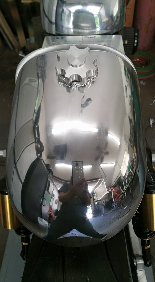 oil tank polished.jpg
