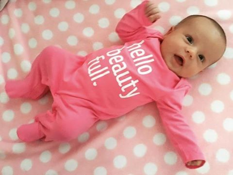 💖 Ariana, pink is definitely your color! 💕 📷:@katiah87 #ACrockstar #hellobeautyfull #babyfashion #minifashionista