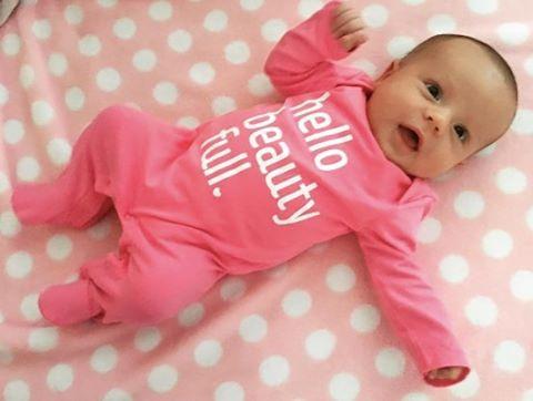💖 Ariana, pink is definitely your color! 💕 📷:@katiah87 #ACrockstar #hellobeautyfull #babyfashion #minifashionista