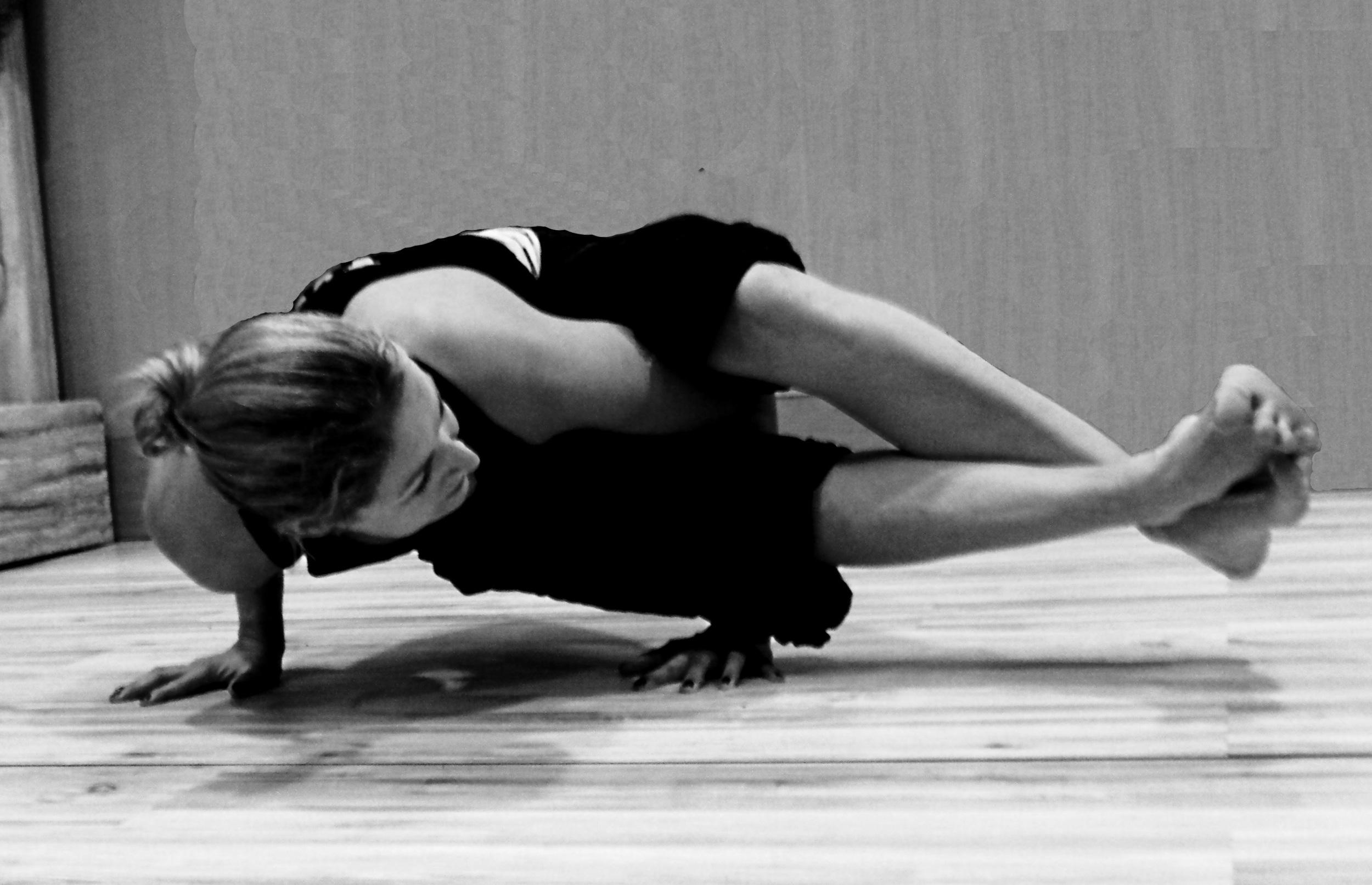 Hot-yoga1.jpg