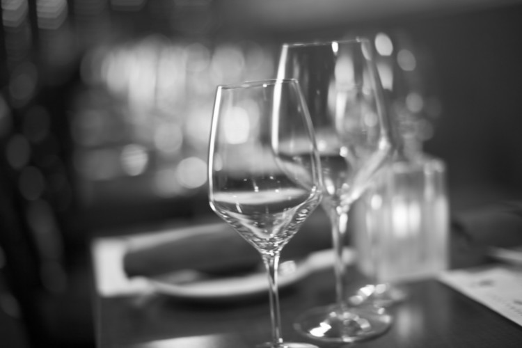 Decanting_Fine Wine