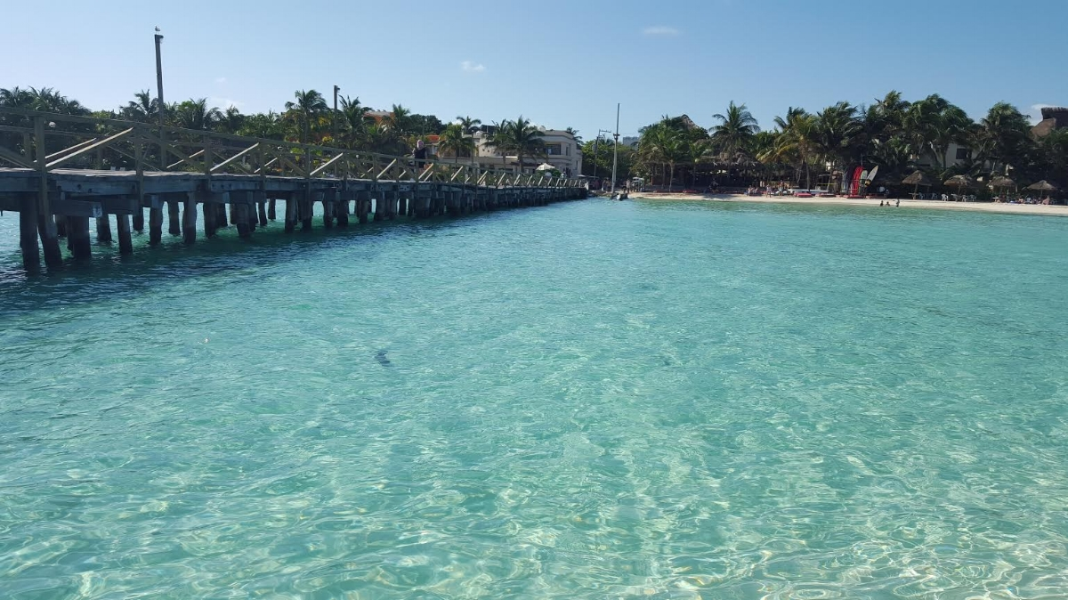 Mia hotel beachfront