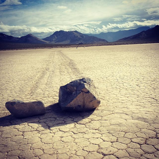 These were truly moving... #movingrocks #rock #move #sunny #hello #nature #sky #beautiful #two #usa #desert #trip