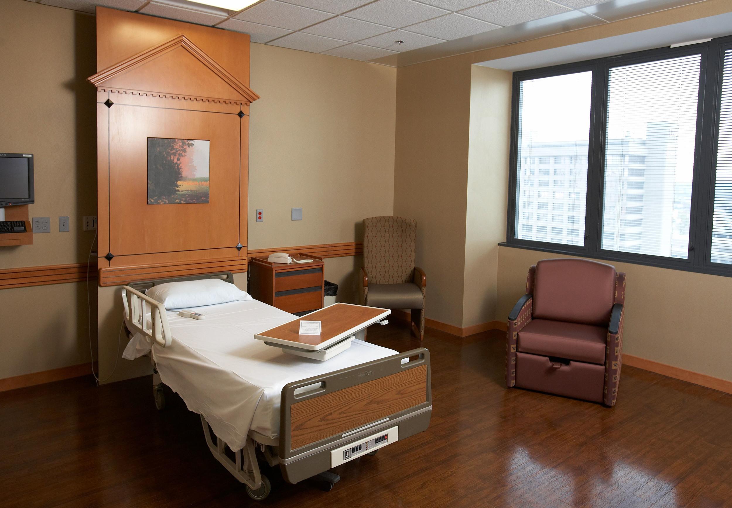 trager room 1.jpg