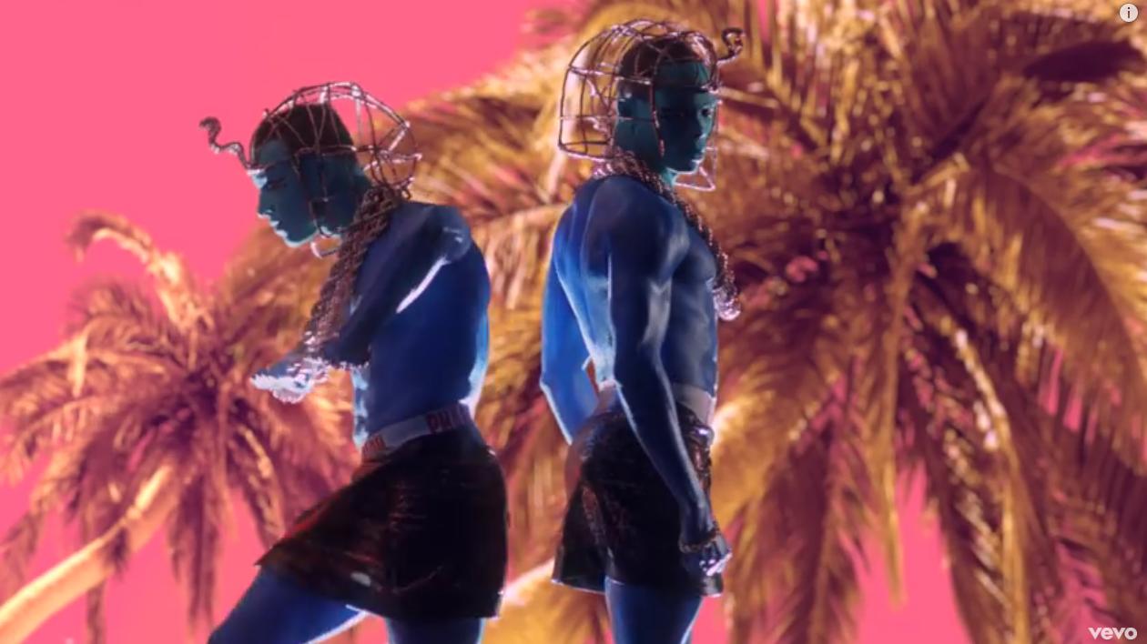 Blue servants/slaves dancing. IMAGE_7