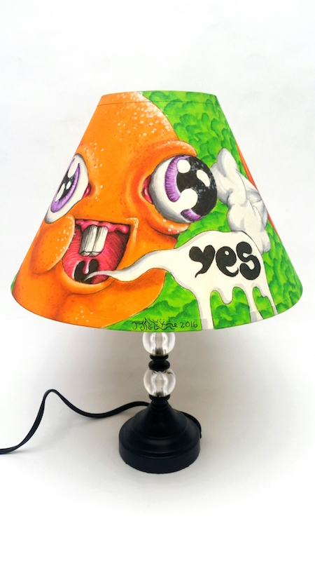 Yes Lamp