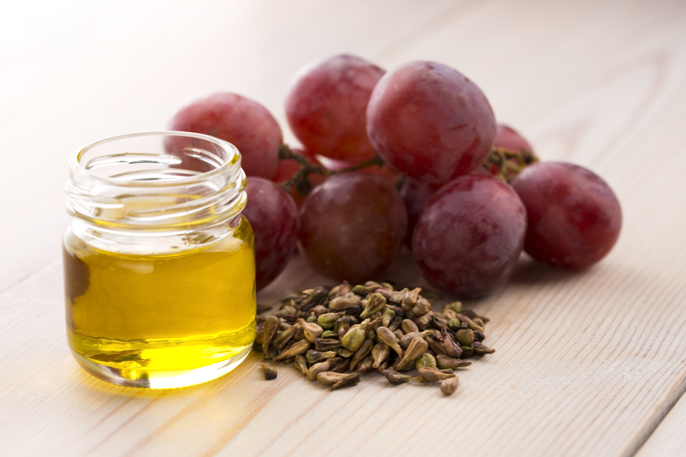 GRAPESEED OIL - Collagen is what makes your pout so full and plump. Not only do the oligomeric proanthocyanins in grape seed oil help get rid of free radicals that damage your healthy cells, grapeseed oil helps the collagen in your lips stay healthy--and even get restored--from a cellular level.