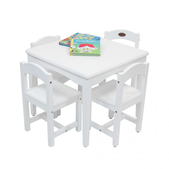 Playing-Table-4-Chairs-White-2-650x650.jpg