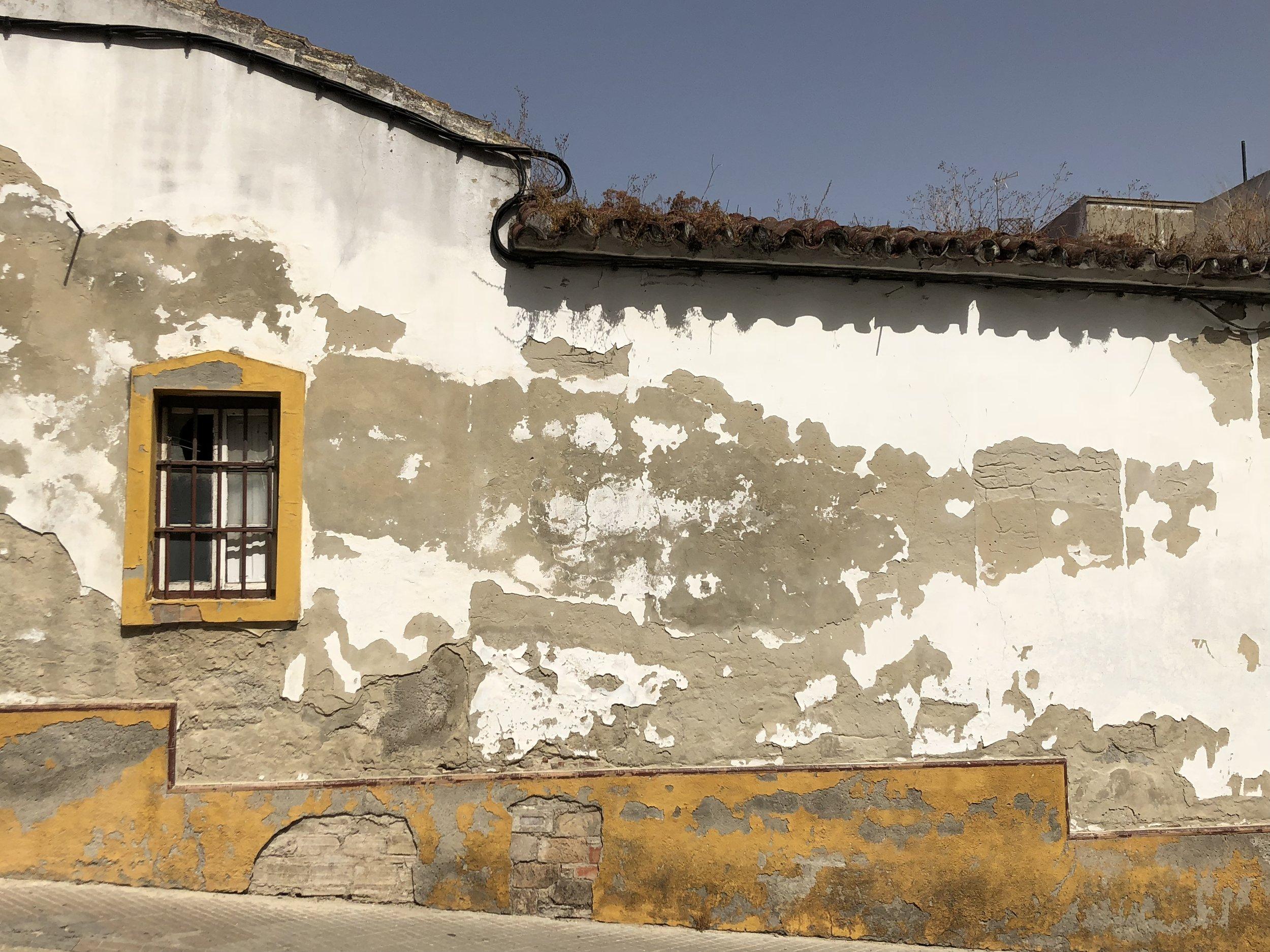 Beautiful decay on a building facade in Jerez de la Frontera