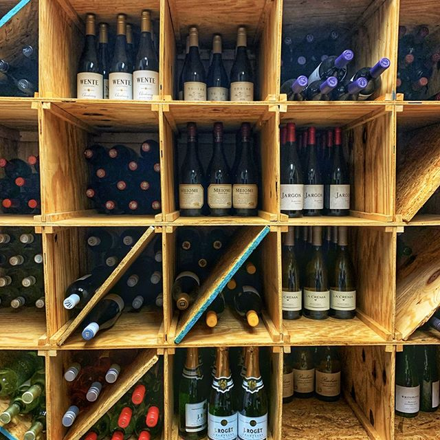"""We ready, we ready, we ready for WINE!!"" 🎶🍷#winewednesday #winewinewine #poppinbottles #halfpricedbottlesofwine #winewinewine #welovewine #welovewednesdays #houcksgrille #roswellga"