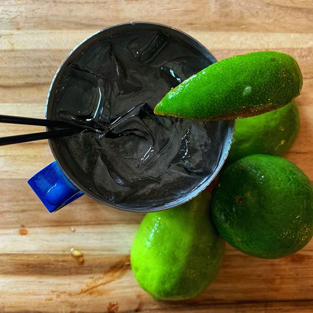 Absolut Mule: choice of Absolut Vodka flavor, 18:21 Ginger Beer, fresh lime. #absolutmule #absolutvodka #absolutcitron #absolutgrapefruit #absolutlime #absolutmandrin #absolutraspberri #houcksgrille