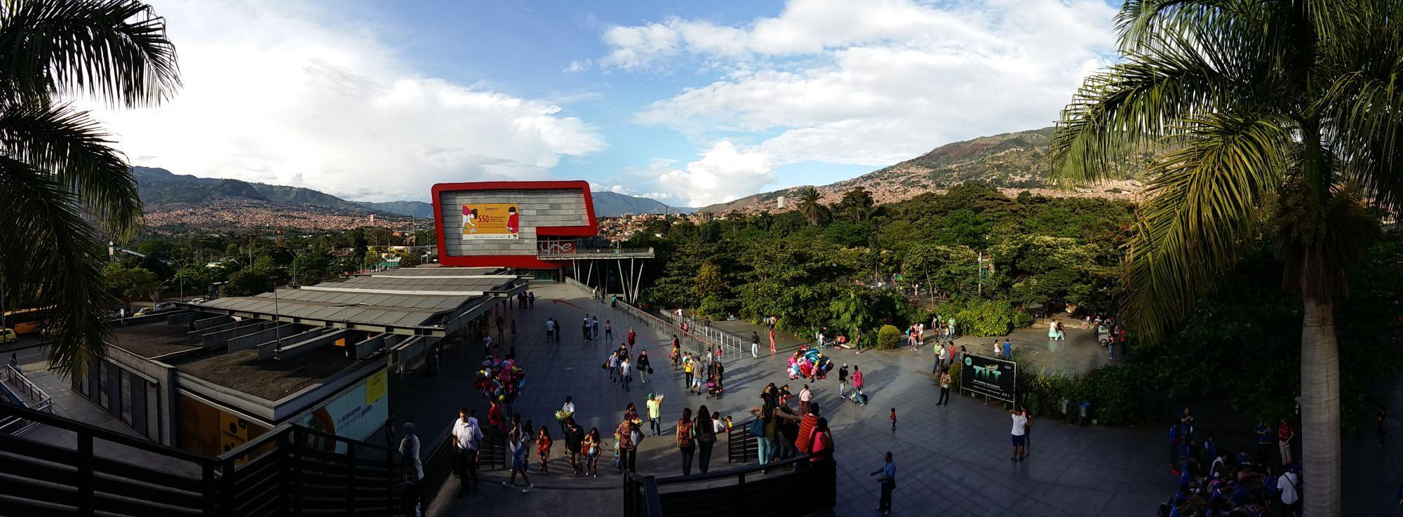 Yoga Internship Program, Medellín, Colombia, South America - teach and work in a yoga studio - travel 4