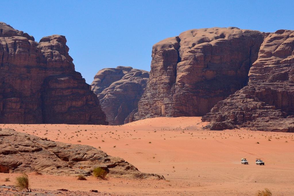 Wadi Rum - Driving Among Sandstone Pillars II Sep 24 2013 (1024x683).jpg