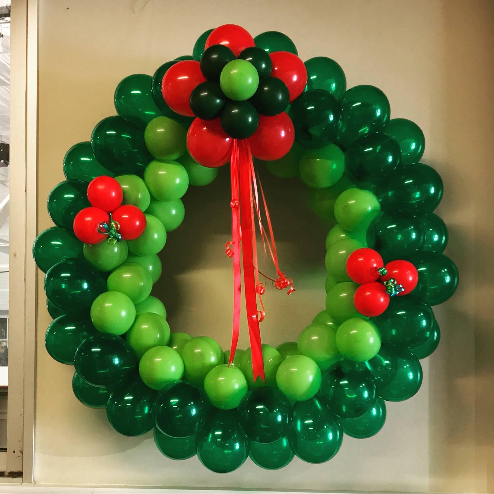 Balloon Christmas Decor