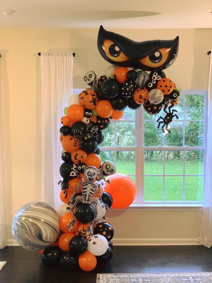 Organic Halloween theme Demi Arch