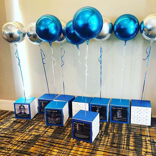 Orbz balloon centerpieces for Haven House Services 45th year celebration!  #orbz #anagramballoons #balloondecor #balloons #ballooncenterpieces #foilballoons #havenhouseservices #ncevents #raleigh #raleighnc #rdu #rtp #wakecountync #events #corporateevents #eventplanner #eventprofs #jujabel