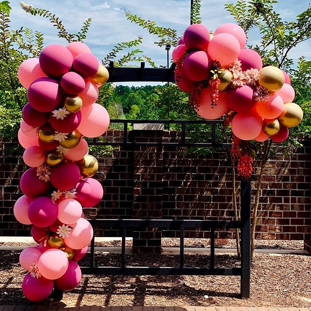 Congrats Annie & Daniel on your Wedding! Thank You for using our services to celebrate this joyous occasion ❤️ #jujabel #balloons #balloondecor #weddingballoons #balloongarland #organicballoondecor #balloonarch #arbor #weddingdecor #ncevents #raleighnc #ncballoons #morrisvillenc #eventplanner #eventprofs