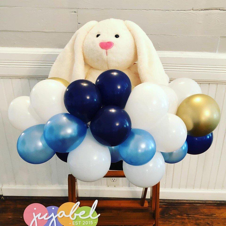 High Chair Organic Balloon Swag