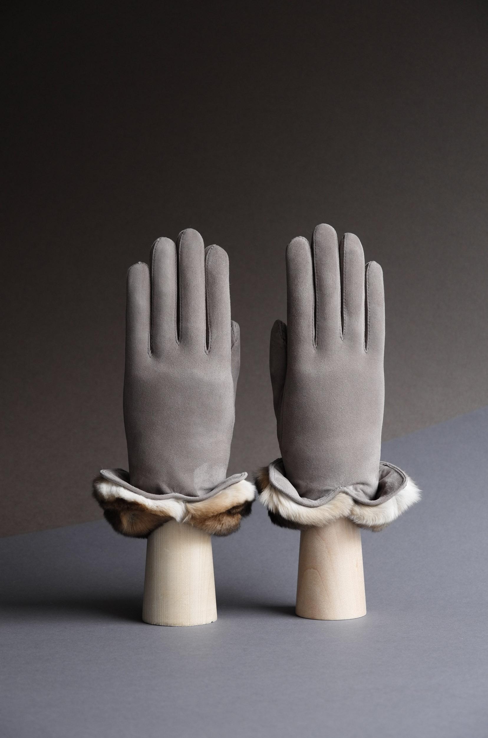 Thomas Riemer reindeer and orylag handmade ladies gloves