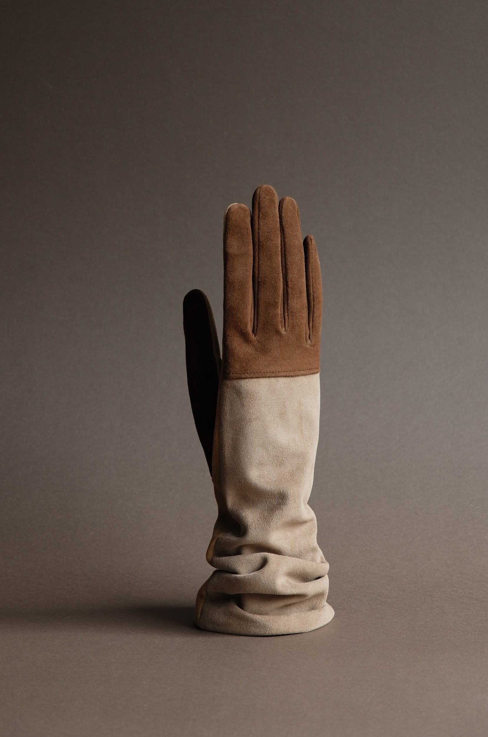 Thomas Riemer handmade ladies reindeer dress gloves