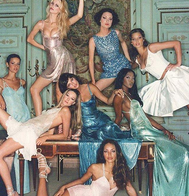 #squad 🙌🏼 #inspiration #pinterest #fashion #colour #ss16 #summer #graduatecollection #printdesigner #design #travel #instagood #womenswear #passion #instalike #emergingdesigner #comingsoon #staytuned