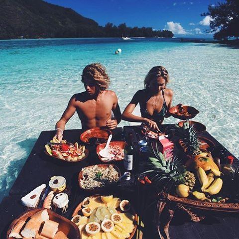 Sunday spreads 🍉🍌🍞🍍☀️💦 via @jayalvarrez @alexisren #food #inspiration #fashion #colour #ss16 #summer #graduatecollection #printdesigner #design #travel #instagood #womenswear #passion #instalike #travel #emergingdesigner #comingsoon #staytuned