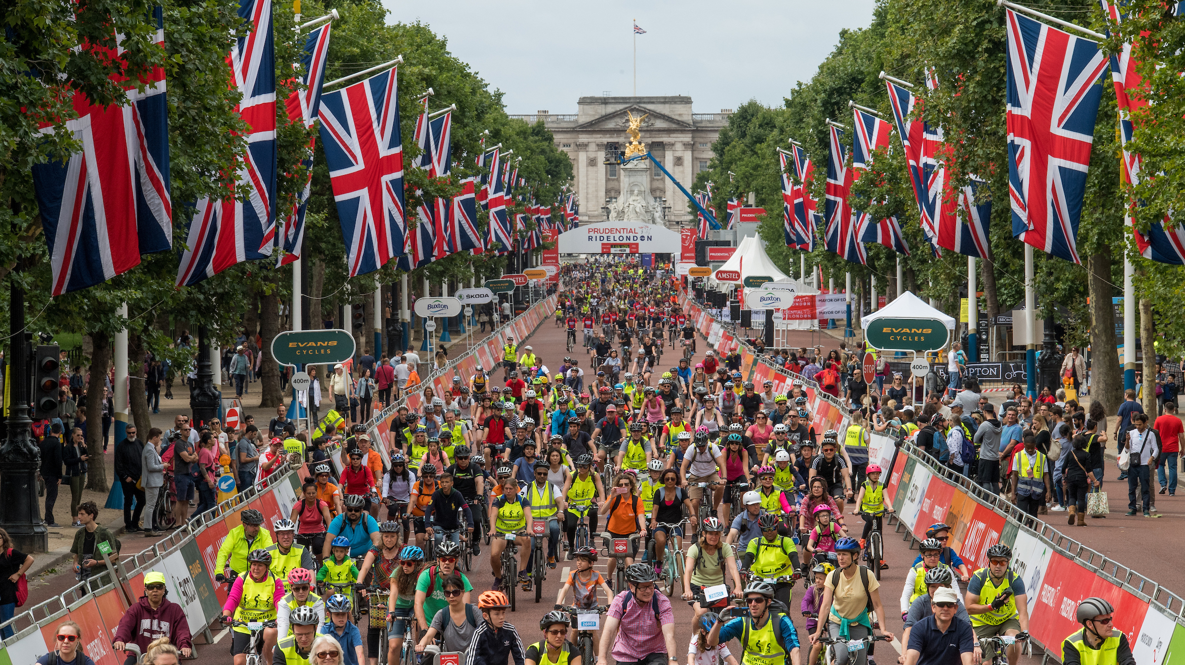 Prudential RideLondon-Surrey 1...