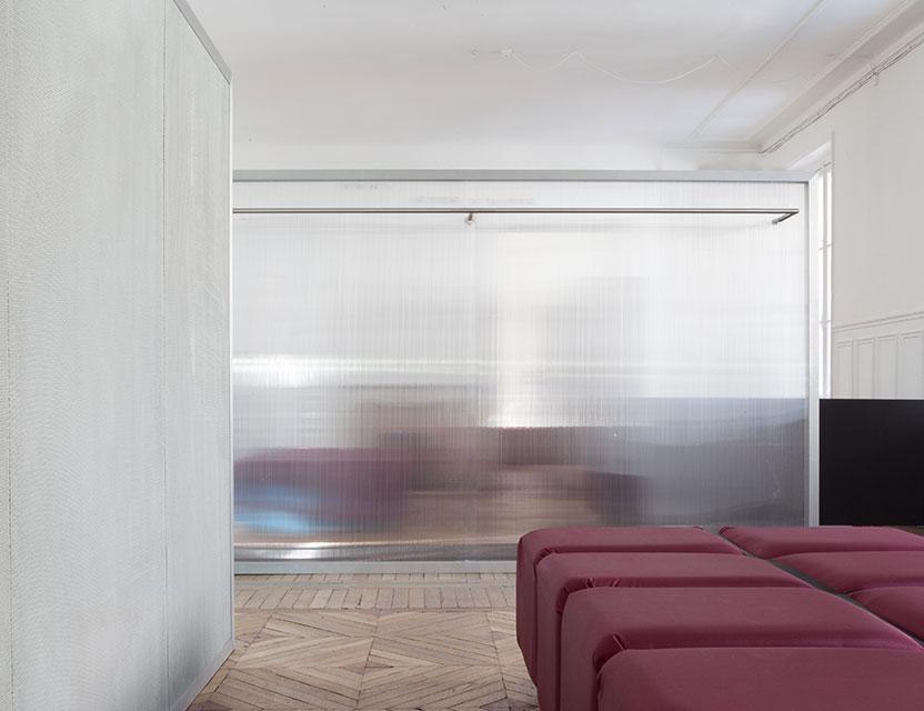 Hesselbrand-Alyx-Showroom-02.jpg