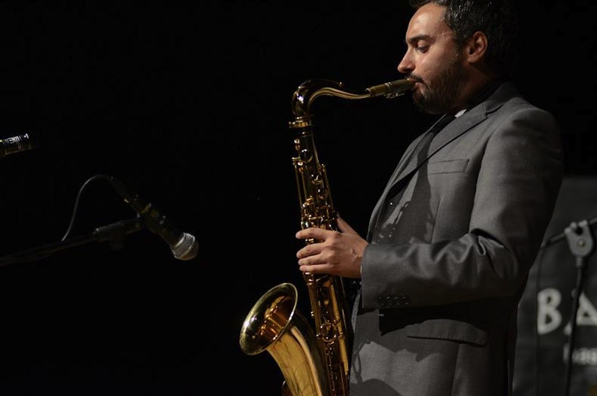 Attilio Troiano (sax/cl/tp/tb/fl/voc); www.attiliotroiano.it