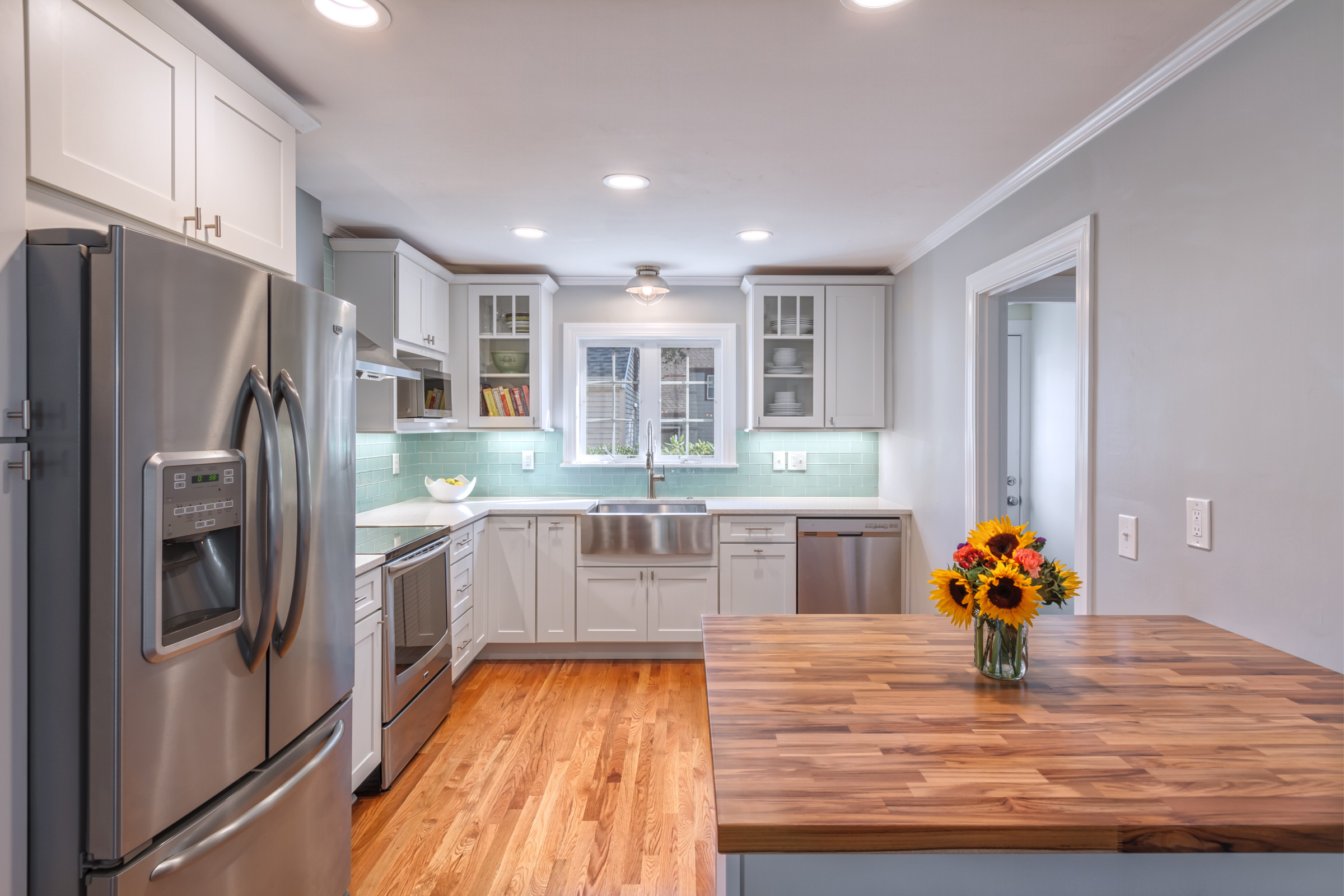 2-Kitchen from dining room - Wide.jpg
