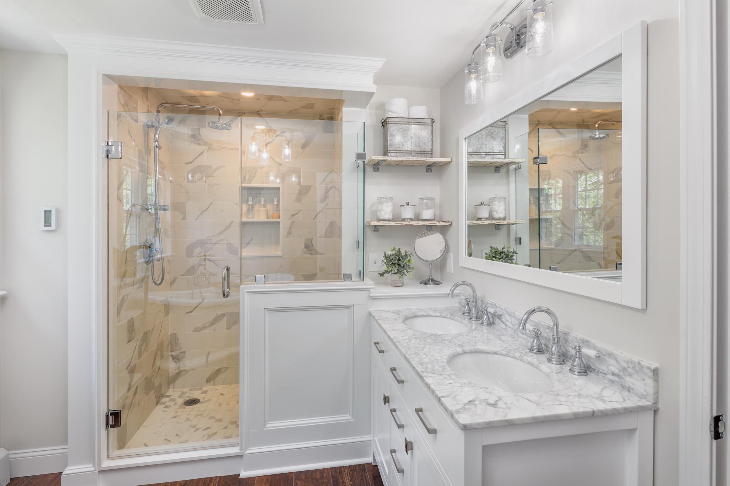 Vanity and shower.jpg