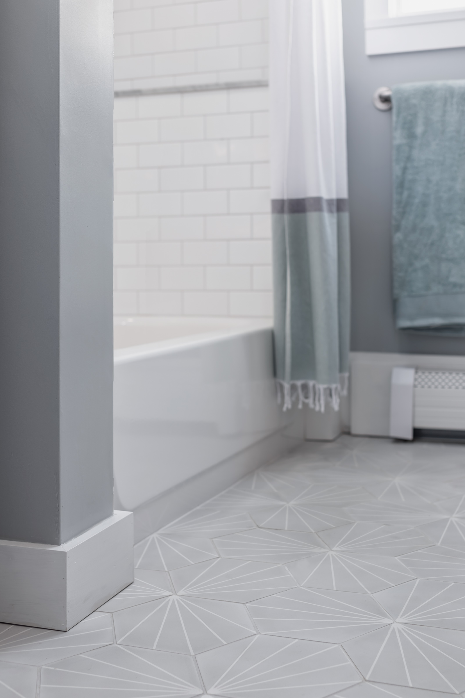 Bathoom - Floor detail.jpg
