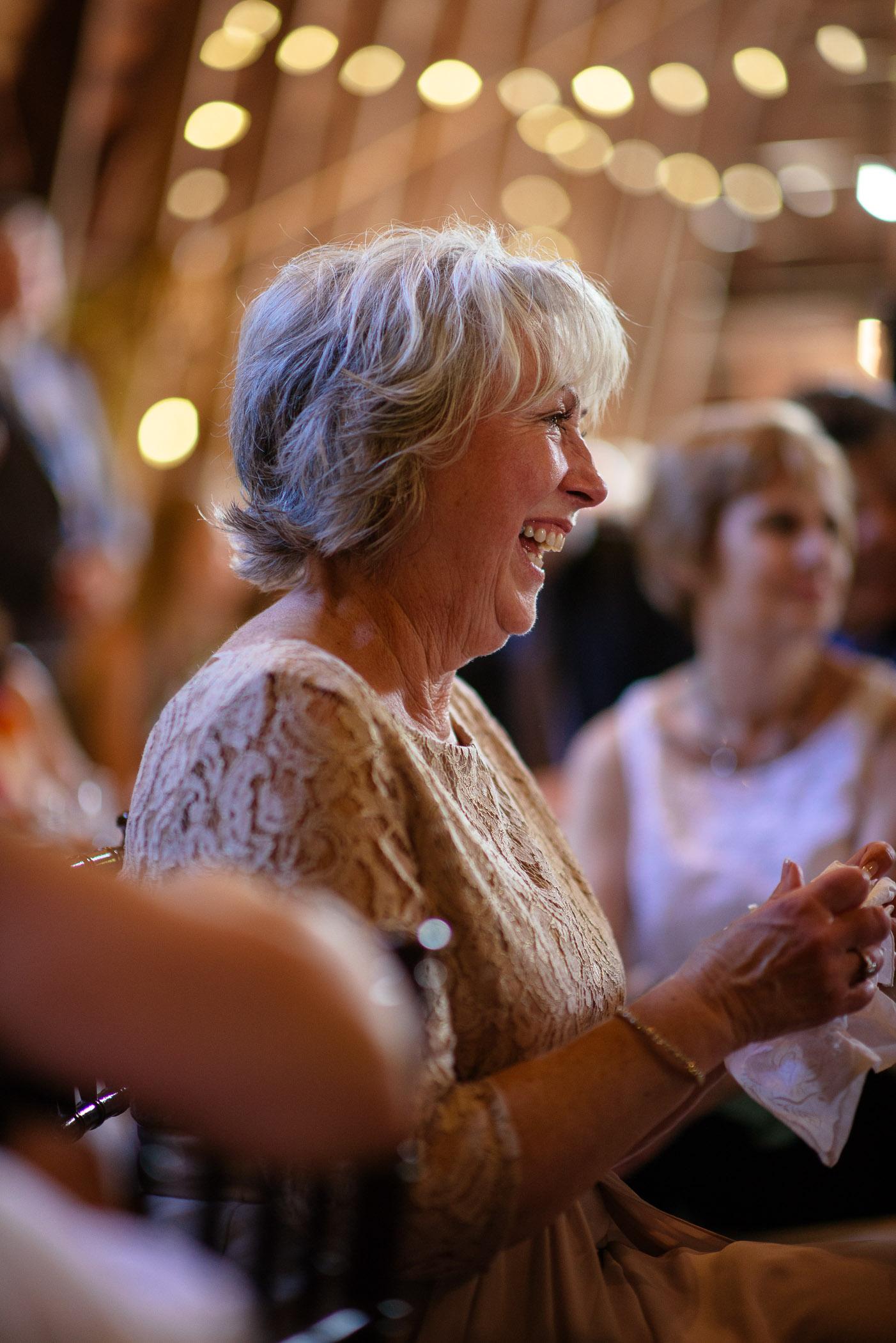 michigan_wedding_at_blue_dress_barn_036.jpg