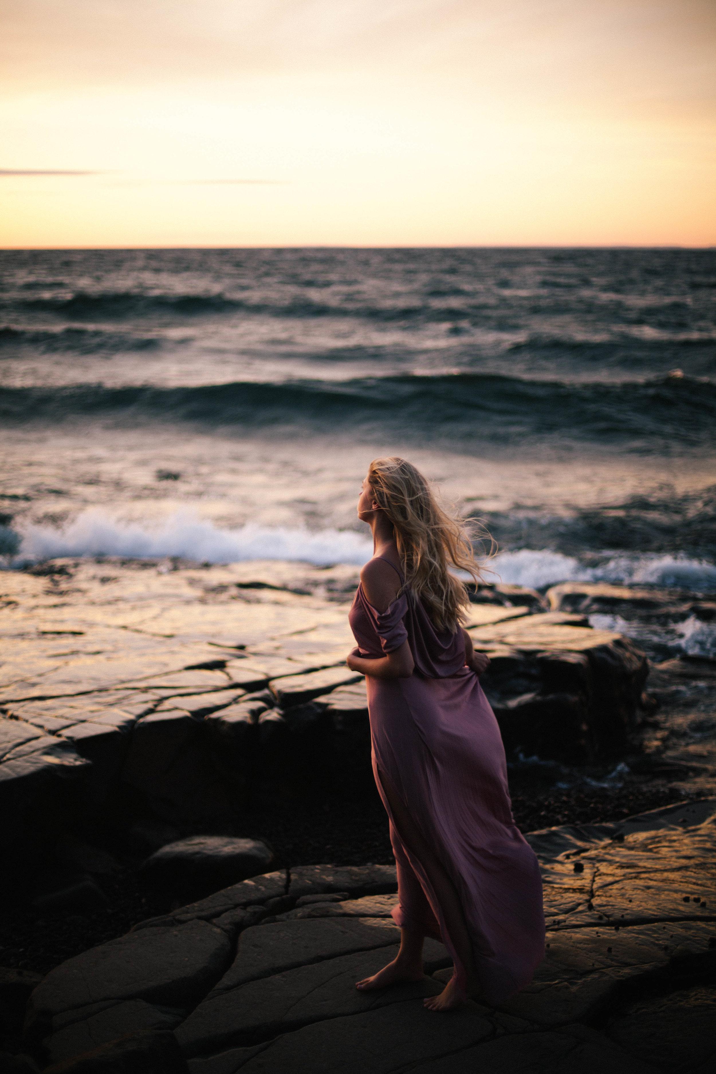 SeasideBridalShoot_MadeiraCreativeNorthShorePhotographer-7.jpg