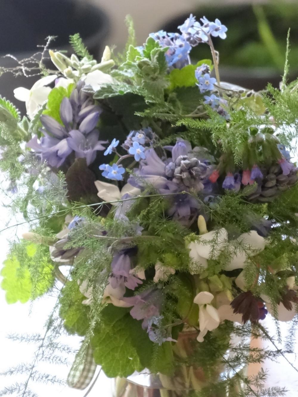 May flowers 15 007.jpg