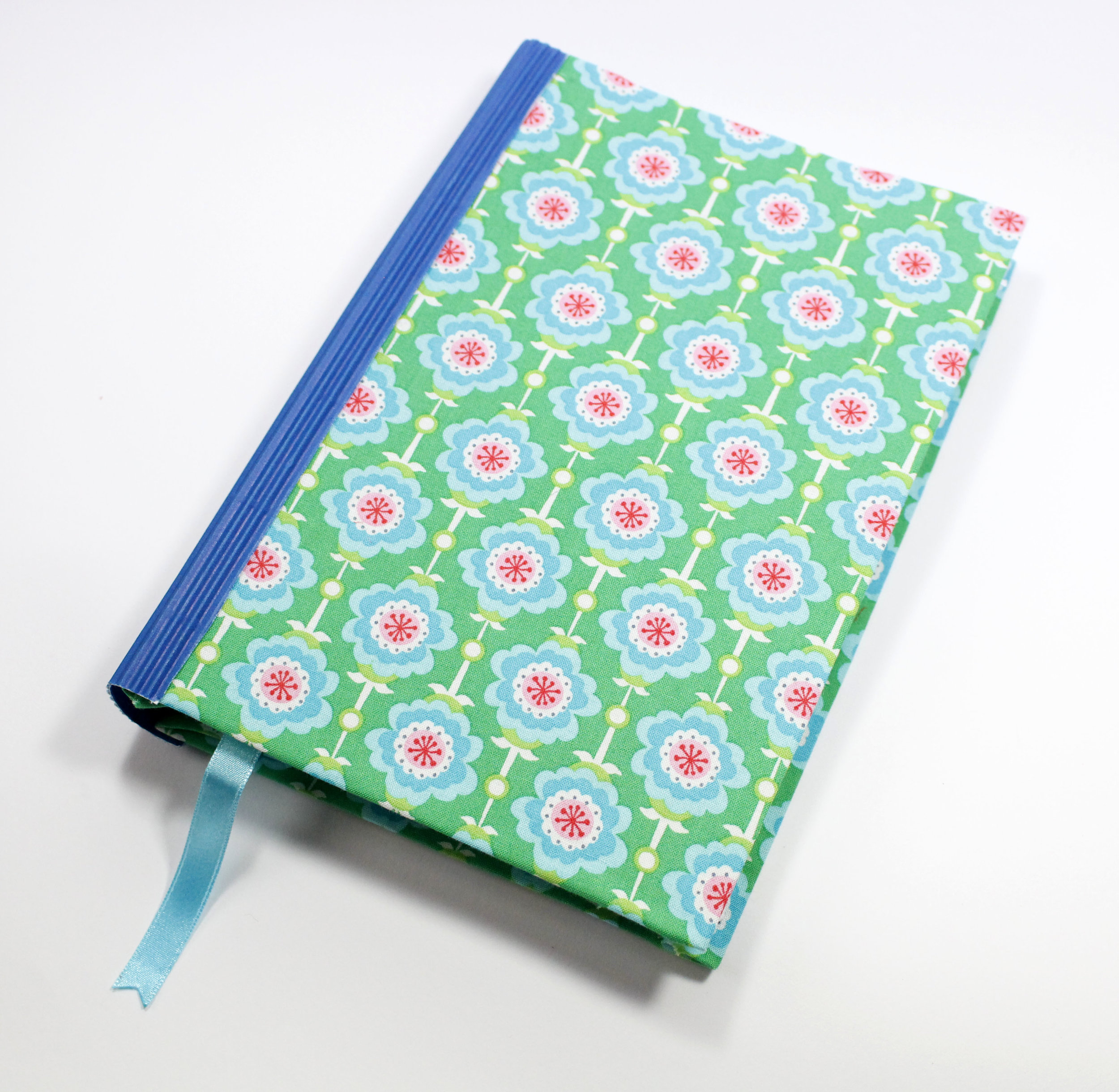 journal-retro-flowers-blue_2.JPG